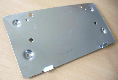 MERCEDES W124 REAR NUMBER PLATE MOUNTING - CHROME