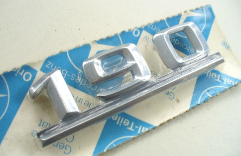 MERCEDES W201 SERIES '190' ORIGINAL ALLOY BOOT BADGE