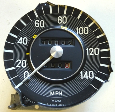 MERCEDES W114 SERIES C280 USA SPEEDOMETER MPH - FITS CHASSIS 114.073